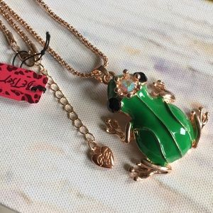 🍭FIRM🍭Betsey Johnson King Frog Necklace